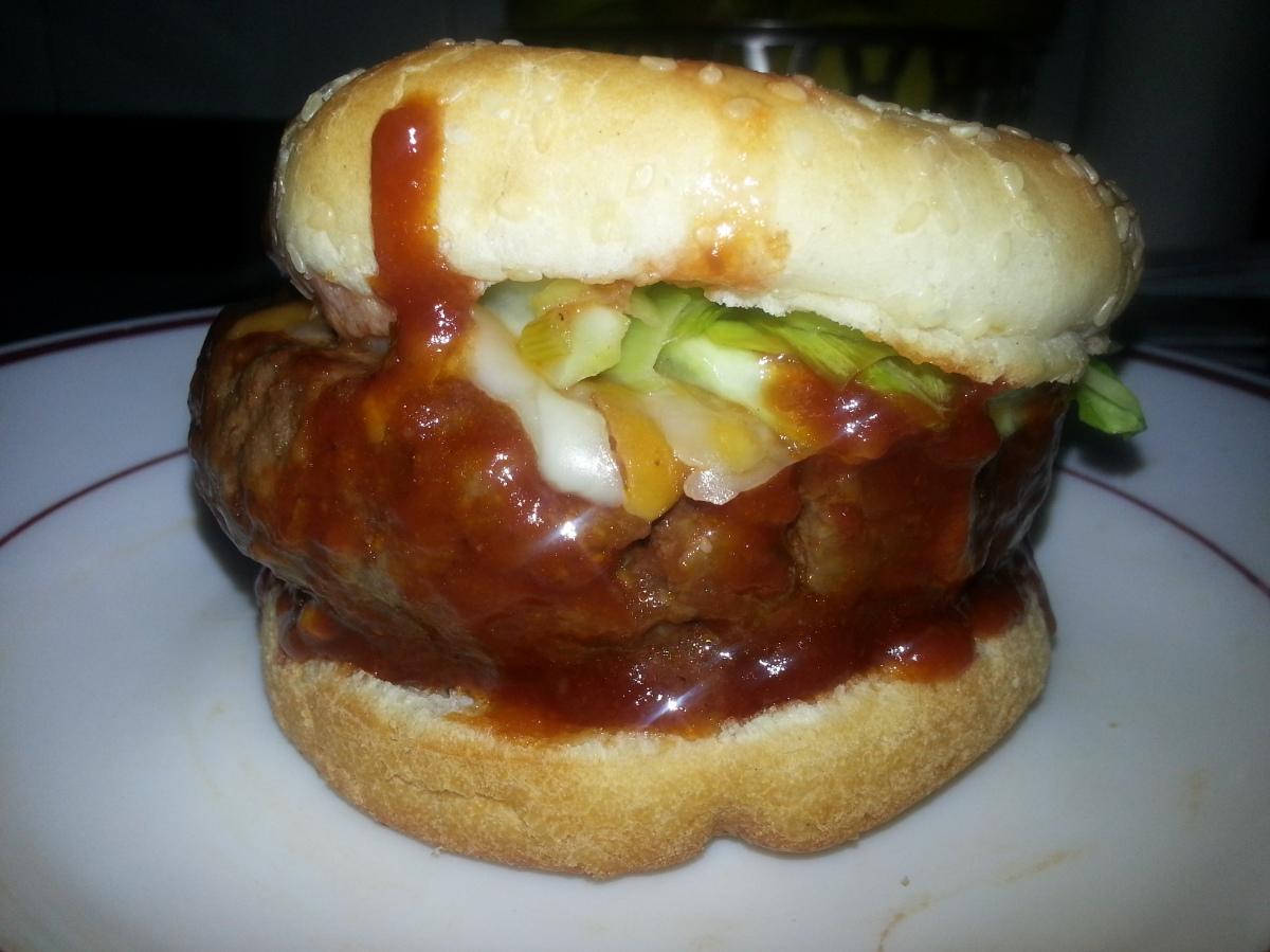 Hamburguesa con salsa agridulce
